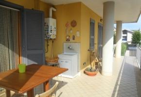 T4207 Trentola-Ducenta - Appartamento con ampio terrazzo (VIDEO)