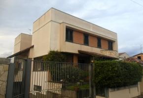 T990 Frignano - Villa Unifamiliare rifin. lusso