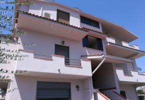 T995 - Casapesenna fabbricato con 3 appartamenti